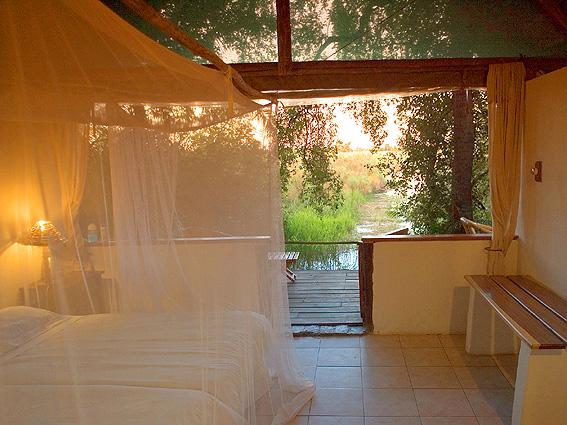 Botswana, Nxamaseri-Chalet-Zimmer